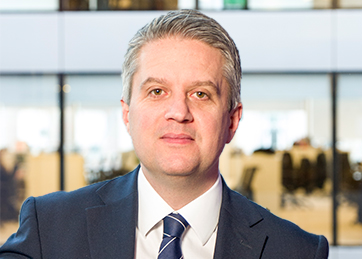 Ian Clayden, Consumer Markets Group <br> Partner