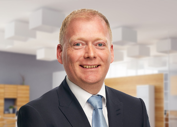 David Billington, Corporate Finance Managing Director <br> Transaction Services